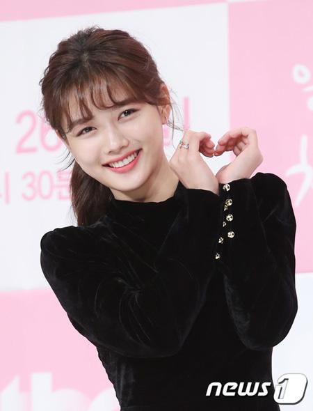「まず熱く掃除せよ」女優キム・ユジョン、「健康がとても回復…痩せたのはソン・ジェリムのせい!? 」(提供:news1)