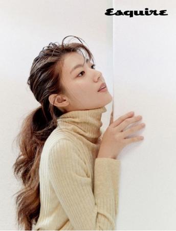 韓国ファッションマガジン「Esquire」は最近、女優ナム・ジヒョンのグラビアを公開した。(写真提供:OSEN)