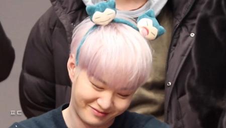 """韓国ボーイズグループ「BTOB」メンバーのチャンソプが、ファンの他愛もない質問にも""""ときめき""""をプラスして答えることで話題になっている。(写真提供:OSEN)"""