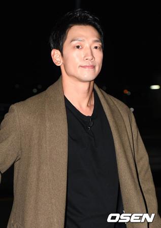 歌手Rain(ピ)、両親に詐欺疑惑…被害者側「門前払い」VS事務所側「父が当事者と面会する」