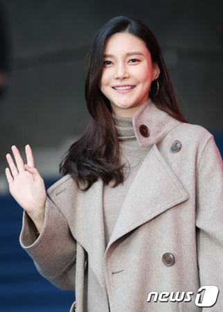 【公式】女優チャ・イェリョン、父親の詐欺容疑を謝罪…「10年間で10億ウォン(約1億円)返済」