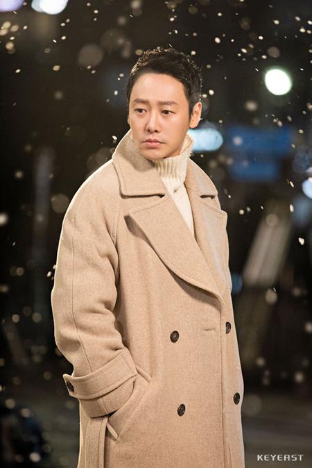 俳優キム・ドンウク、「god」の切ない新曲「雪が降る」MV出演へ(画像:OSEN)
