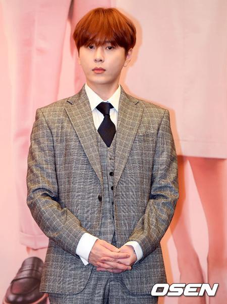 ドラマ「コーヒーよ、お願い」に出演するアイドルグループ「Highlight」ヨン・ジュンヒョンが軍入隊を控えてお披露目するドラマに対する愛情を示した。(提供:OSEN)