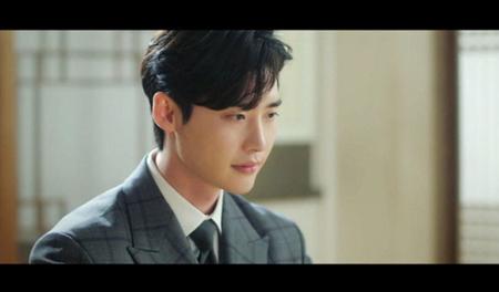 韓国新ドラマ「死の賛美」に出演するイ・ジョンソクが、ノーギャラだとされており注目を集めている。(写真提供:OSEN)