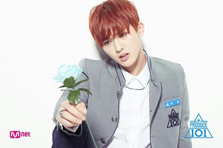 韓国Mnetのオーディション番組「PRODUCE 101」シーズン2に出演していたジョンジョンが、中国で人気を博している。(写真提供:OSEN)