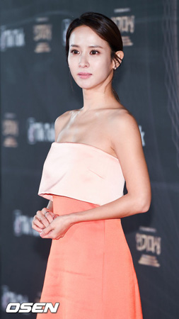 """【公式】女優チョ・ヨジョンも""""Be Too""""…父親が3億の詐欺? 事務所側「確認後、立場明かす」"""