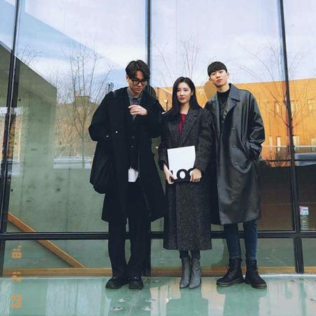韓国歌手ソンミが、イケメンの弟たちと一緒に撮影した写真を公開した。(写真提供:OSEN)