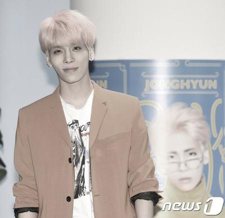 明日12月18日は、韓国ボーイズグループ「SHINee」メンバーのジョンヒョンがこの世を去ってちょうど1年となる。(写真提供:news1)