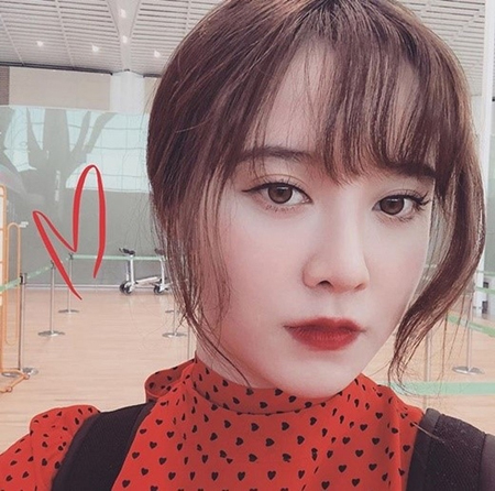 韓国女優ク・ヘソンが、真っ赤なリップでいつもとは違った雰囲気の写真を公開した。(写真提供:OSEN)
