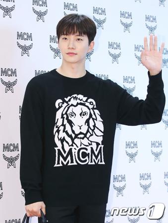 韓国ボーイズグループ「2PM」メンバーのジュノが、プライベートを守ってほしいと訴えた。(写真提供:news1)