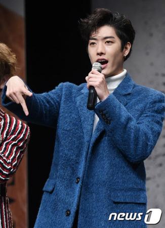韓国ボーイズグループ「CROSS GENE」の日本人メンバーであるタクヤが、契約終了のためにグループを脱退した。(写真提供:news1)