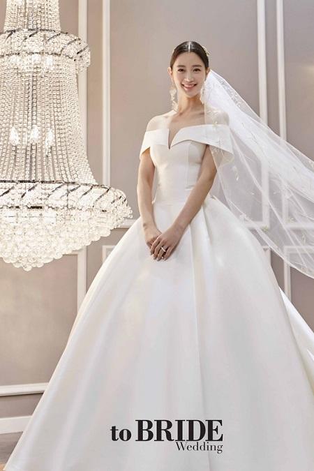 女優クララ、結婚を電撃発表=お相手は2歳年上の一般人(提供:news1)