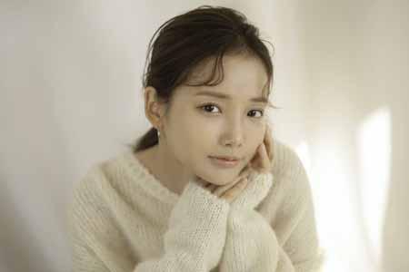 女優ハ・ヨンス、結婚説の相手に「申し訳なかった」と心境明かす(画像:OSEN)