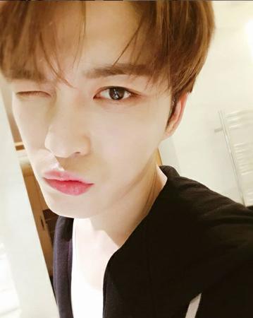 韓国歌手ジェジュン(JYJ)が、6日放送された日本テレビの「行列のできる法律相談所」に出演して過激ファンから被害にあった経験を告白した。(写真提供:OSEN)