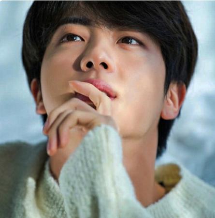 イケメンな男性の中で、最高のイケメンを表現するときに、韓国ではよく彫刻像のようだということで「彫刻イケメン」と称す。(写真提供:OSEN)