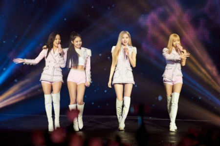 「BLACKPINK」がワールドツアー4都市目のフィリピン・マニラで「BLACKPINK 2019 WORLD TOUR with KIA [IN YOUR AREA] IN MANILA」を開催した。(提供:OSEN)