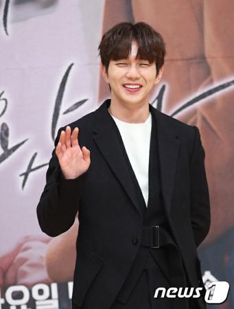 韓国俳優ユ・スンホが芸能事務所BS COMPANYと専属契約を結び、2019年の新しいスタートを切る。(写真提供:news1)