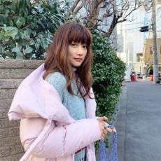 モデルのヨンア、韓国バラエティ復帰が白紙に…SNSで報告「ラグジュアリーな人生は送っていない」(ヨンアInstagramより)