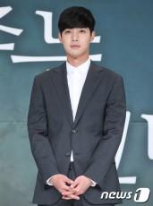 【公式】キム・ヒョンジュン(リダ)、ウェブドラマ「夜食男女」出演か=「オファー受けた作品のひとつ」(提供:news1)