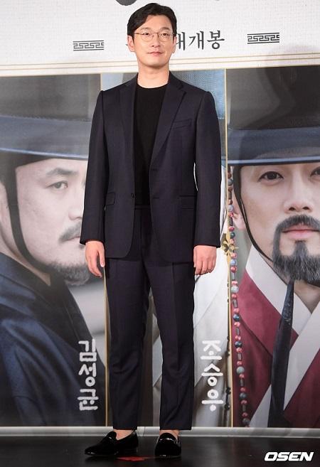 韓国俳優チョ・スンウがB型インフルエンザで、ミュージカル「ジキルとハイド」出演を取りやめた。(提供:OSEN)