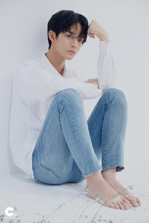 【公式】ペ・ジンヨン(元Wanna One)、スポーツドリンクCMモデル好感度1位に(提供:OSEN)