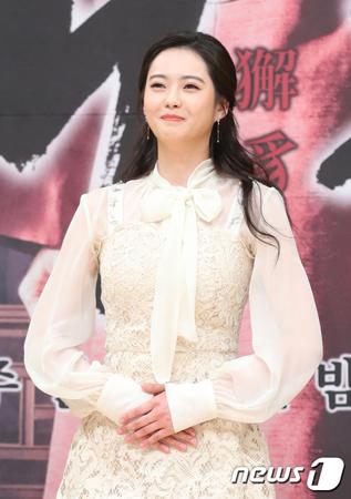 韓国女優コ・アラが、SBSドラマ「カイチ」撮影中に負傷した。(提供:news1)