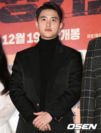 【公式】「EXO」D.O.、事務所との再契約不発報道…SM側「事実無根…EXOとの契約期間はまだ残っている」