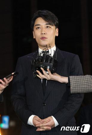 【公式】YGエンタ、V.I(BIGBANG)との専属契約を解除(画像提供:news1)