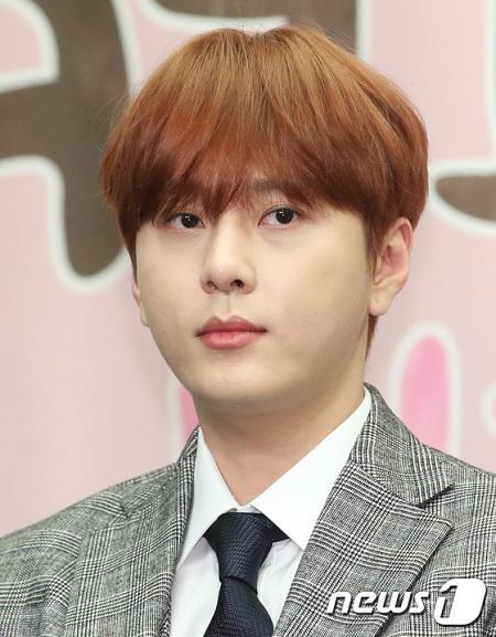 【全文】グループ脱退発表したヨン・ジュンヒョン、SNSで心境綴る「違法動画を黙認した傍観者」