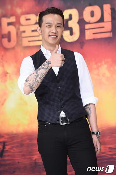 韓国ラッパー兼作曲家KUSH(34、本名:キム・ビョンフン)がコカインを数回吸引した容疑で懲役2年6か月、執行猶予4年を言い渡された。(提供:news1)