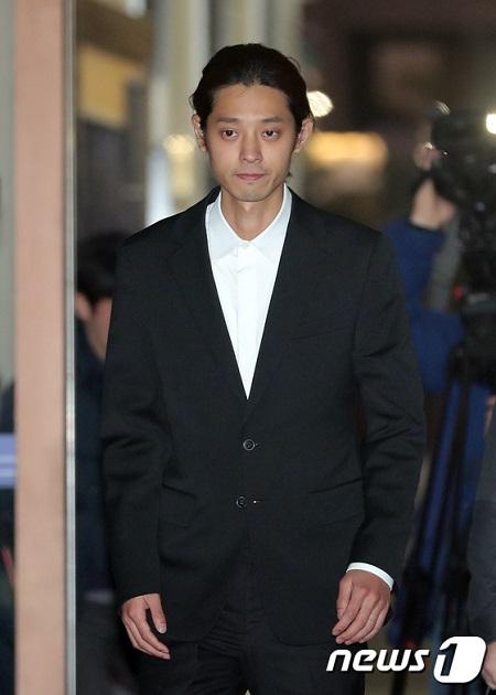 わいせつ動画違法撮影の歌手チョン・ジュンヨン、検察が逮捕状を請求(提供:news1)