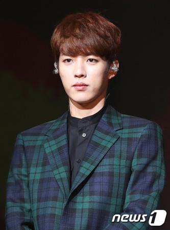 韓国ボーイズグループ「INFINITE」メンバーのソンヨル(27)が入隊することになった。(提供:news1)