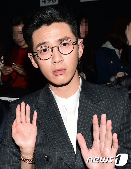 """Burning Sunで目撃""台湾俳優クー・チェンドン、麻薬質問に憤り「もうやめた」"