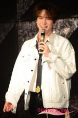 歌手キム・ドンハン