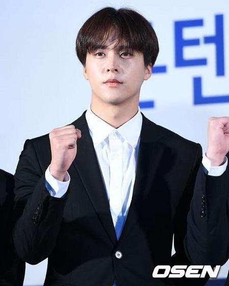 韓国アイドルグループ「Highlight」ソン・ドンウンがInstagramのアカウント削除を予告した。(提供:OSEN)