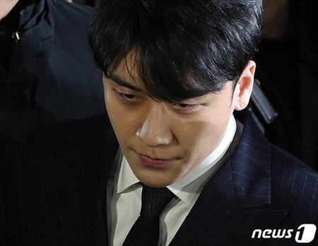 V.I(元BIGBANG)の性売買あっせん、証拠となり得る「陳述」を確保