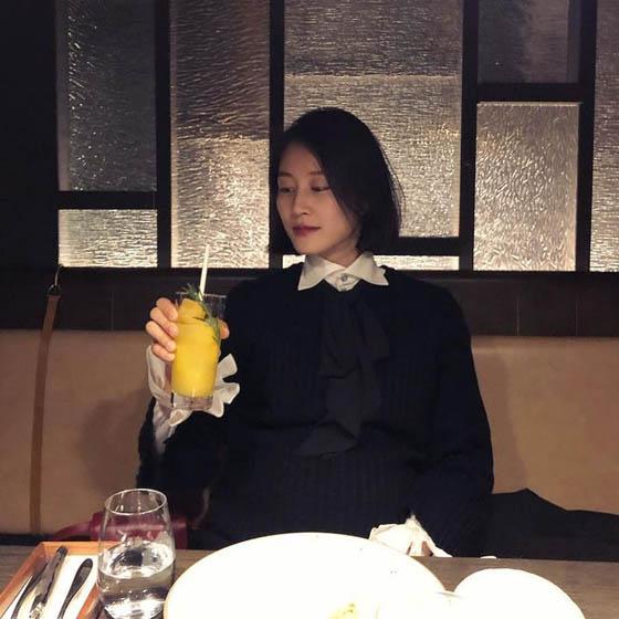 モデルのイ・ヒョニ、第2子出産を目前にし近況報告 「2番目の子に会う前の、最後のデート」(画像:OSEN)
