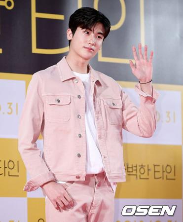 韓国俳優パク・ヒョンシク(ZE:A)が、大統領直属部隊の司令部となる首都防衛司令部の憲兵隊に志願した。(提供:OSEN)