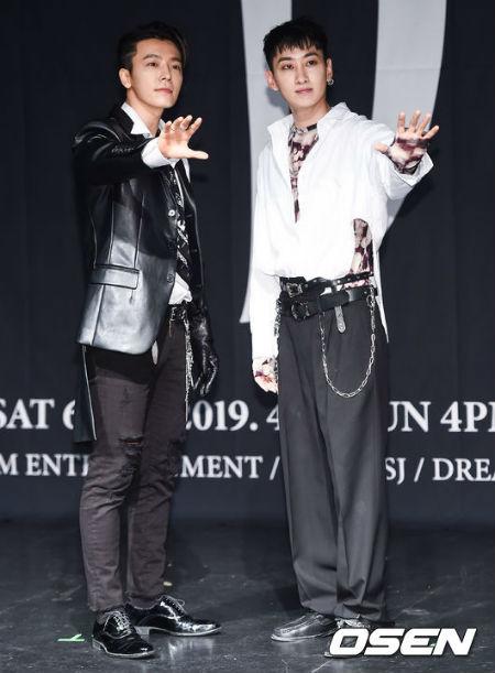 「SUPER JUNIOR-D&E」が14日午後、ソウル・オリンピック公園オリンピックホール・ミューズライブで、3rdミニアルバム「DANGER」発売と、韓国初単独コンサート「THE D&E」開催を記念し、記者会見を行った。(提供:O