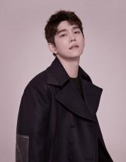 韓国俳優ユン・ギュンサンが、次回作としてドラマ「ミスター期間制」を選んだ。(提供:OSEN)