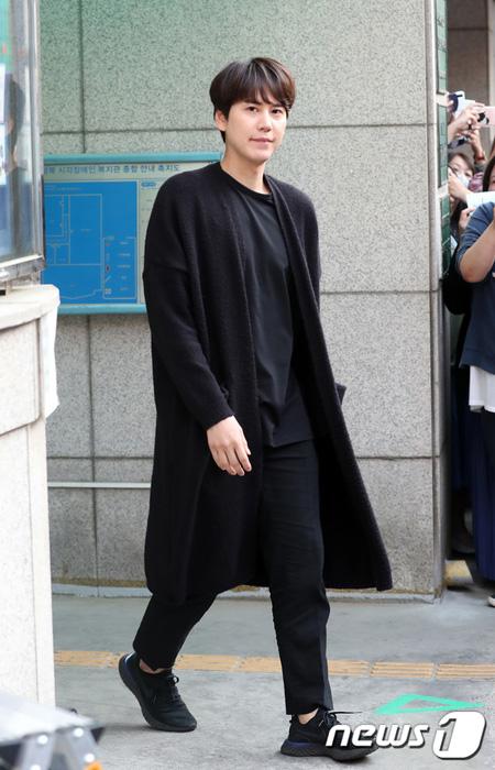 """""""除隊""""「SUPER JUNIOR」キュヒョン、tvN「Salty Tour」&「新西遊記7」に合流(提供:news1)"""