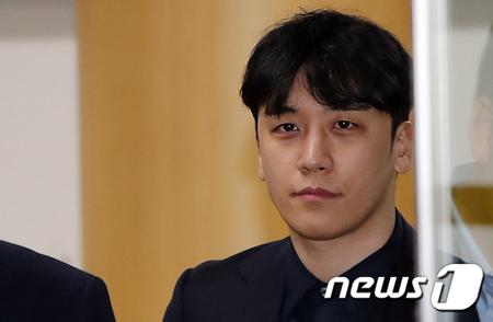 【速報】韓国警察、元「BIGBANG」V.I(スンリ)の逮捕状を申請