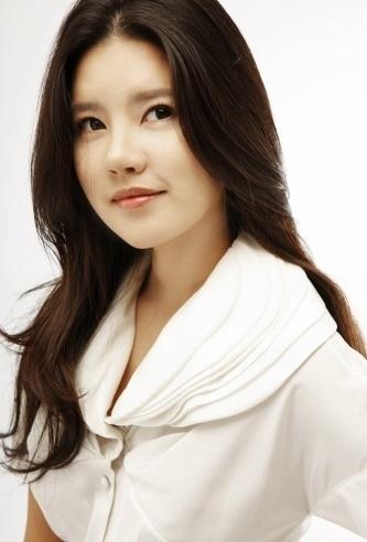 女優チョ・スヒョン、自殺未遂…家族が通報し「命に別条なし」(画像:news1)