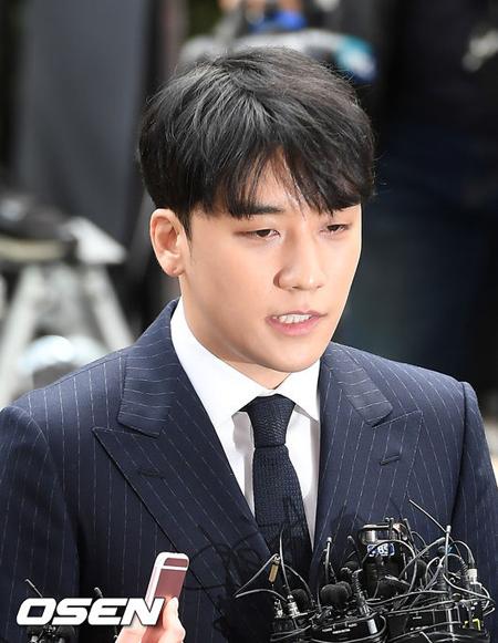 V.I(元BIGBANG)、令状審査は14日に=売春あっせん・横領容疑