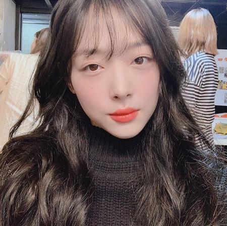 """韓国歌手兼女優のソルリ(25)が、""""先輩俳優の呼び方騒動""""の釈明をした。(提供:news1)"""