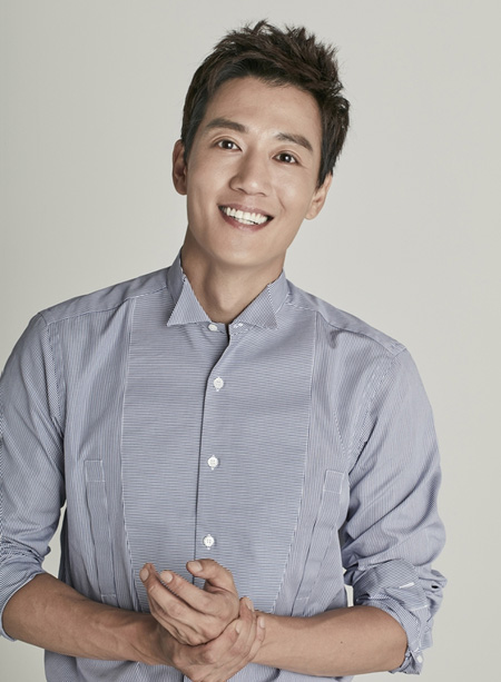 【公式】俳優キム・レウォン、現所属事務所と再契約(提供:news1)