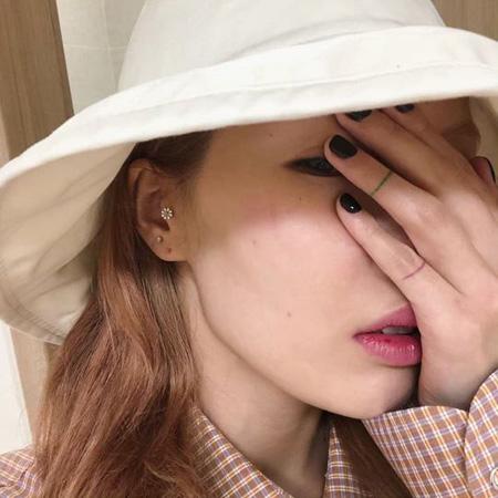歌手ヒョナ、学園祭ステージで転倒し病院へ 「心配かけて、ごめん」(画像:ヒョナのInstagram)