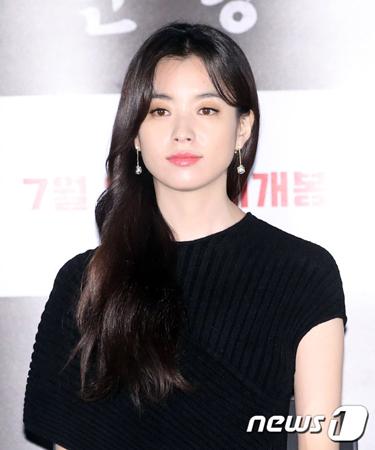 """韓国女優ハン・ヒョジュ側が、SBSの時事番組「それが知りたい」で報じられた""""女優A""""がハン・ヒョジュではないと制作陣から確認を取ったことを明らかにした。(提供:news1)"""
