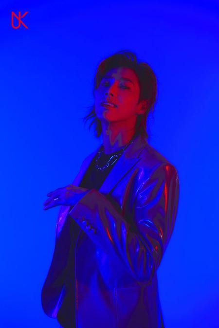 「東方神起」ユンホ、1stソロアルバムタイトル曲は「Follow」=ブルーコンセプトのティザー写真公開(提供:OSEN)