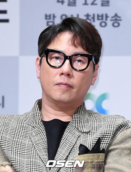 歌手ユン・ジョンシン、バラエティ「ラジオスター」降板へ… 番組側「時期、後任は協議中」